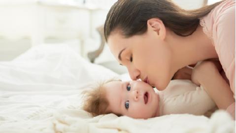 6 สิ่งที่คุณแม่ควรทราบเกี่ยวกับ MFGM สารอาหารสมองสำคัญ ในนมแม่