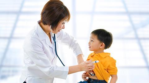 เตรียมคำถามก่อนพบกุมารแพทย์ เมื่อลูกน้อยครบขวบ