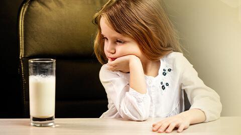 ลูกไม่สบายท้องเพราะปัญหาจากการกินนม?