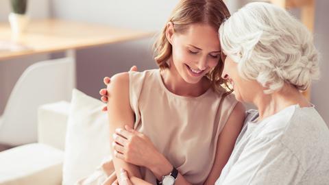บทความสำหรับคุณแม่มือใหม่หลังคลอด สิ่งที่คุณแม่มือใหม่อยากได้ยินจากคนรอบข้างหนึ่งเดือนแรกที่เพิ่งคลอดลูกน้อย