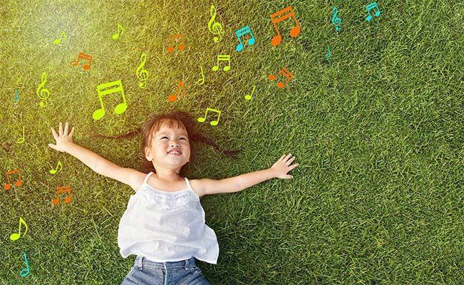 5 เพลงความหมายน่ารัก ร้องให้ลูกฟังตั้งแต่เขาเล็กๆ